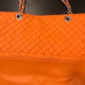 New never been used!! Orange purse!!
